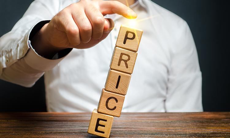 価格競争が起こる原因と抜け出すための方法について徹底解説
